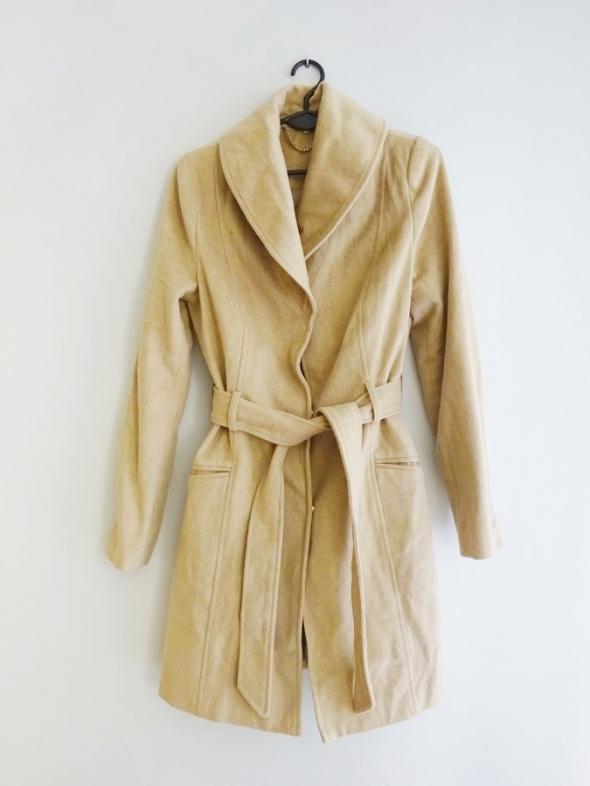 beżowy karmelowy płaszcz jesienny zimowy 36 S