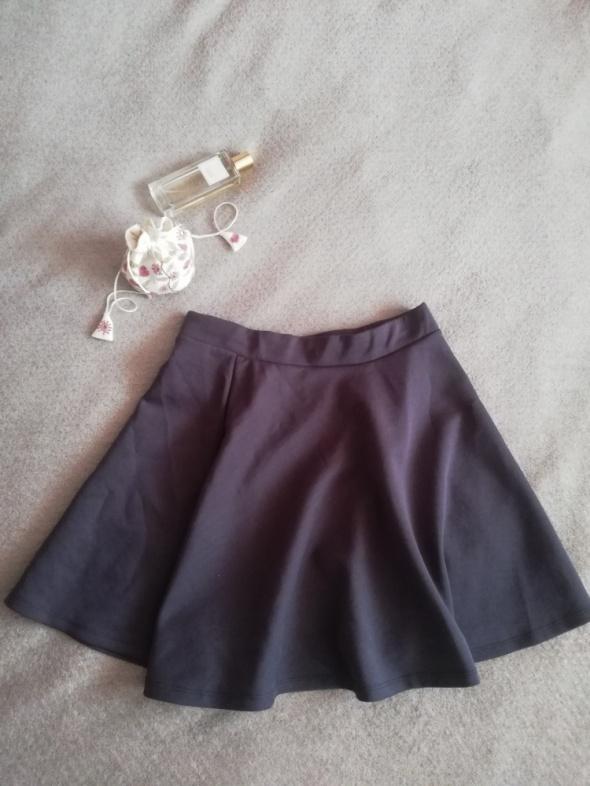 Spódnice Spódniczka Pull Bear