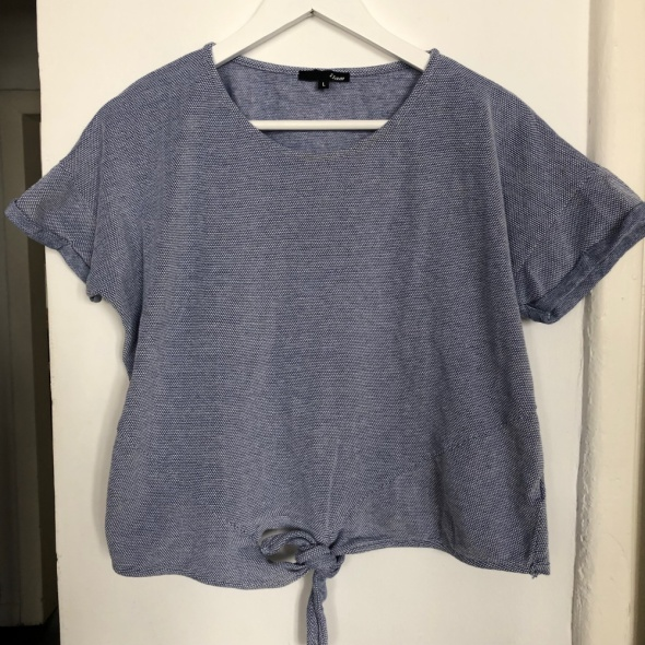T shirt z kokardką