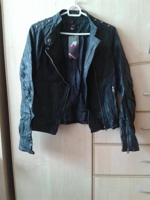 Czarna kurtka ramoneska zamki zip ćwieki 38 M nowa