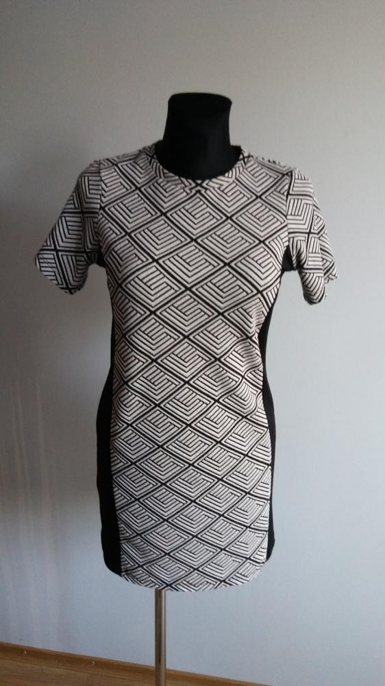 Suknie i sukienki Sukienka tuba wzór