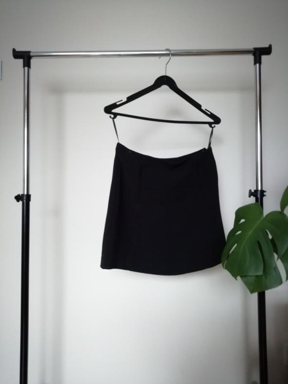 czarna trapezowa spódnica mini 38