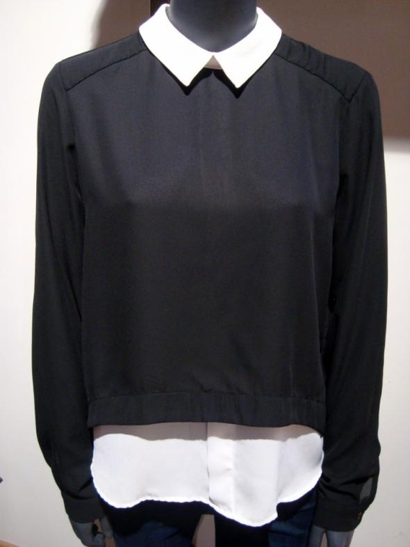Elegancka Lejąca się Czarna Bluzka New Yorker M