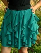 zielona spódnica z falban...