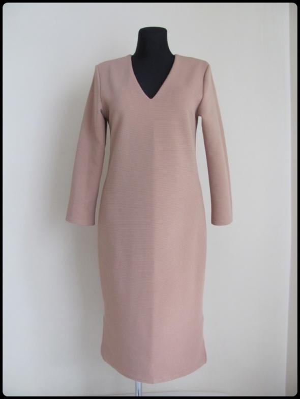 Suknie i sukienki Sukienka jesień i zima stonowany kolor 40 L