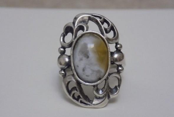 stary pierścionek secesja...