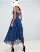 Granatowa koronkowa sukienka M...