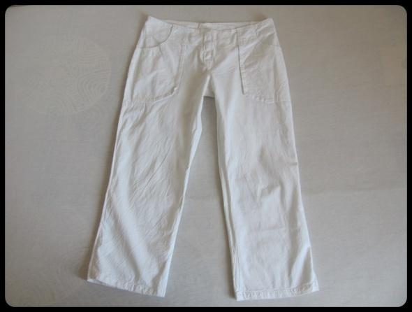VERO MODA spodnie lekkie białe 40 L nogawka do łydki...
