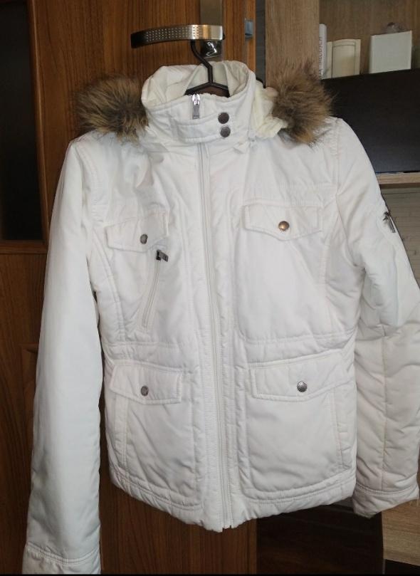 Odzież wierzchnia Kremowa kurtka