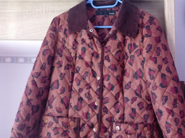 pikowana kurtka w panterkę