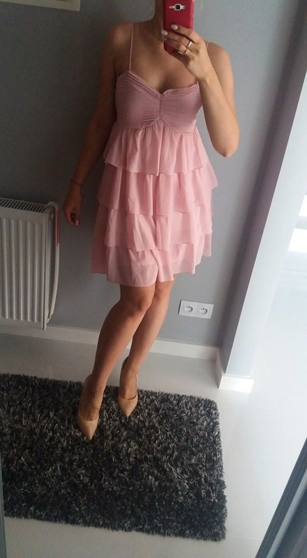 Sukienka z falbanami letnia Mohito