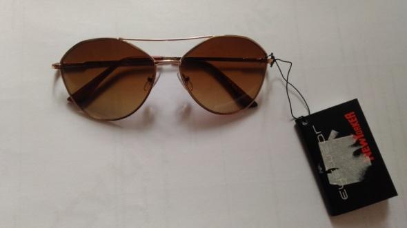 Okulary Okulary przeciwsłoneczne New Yorker