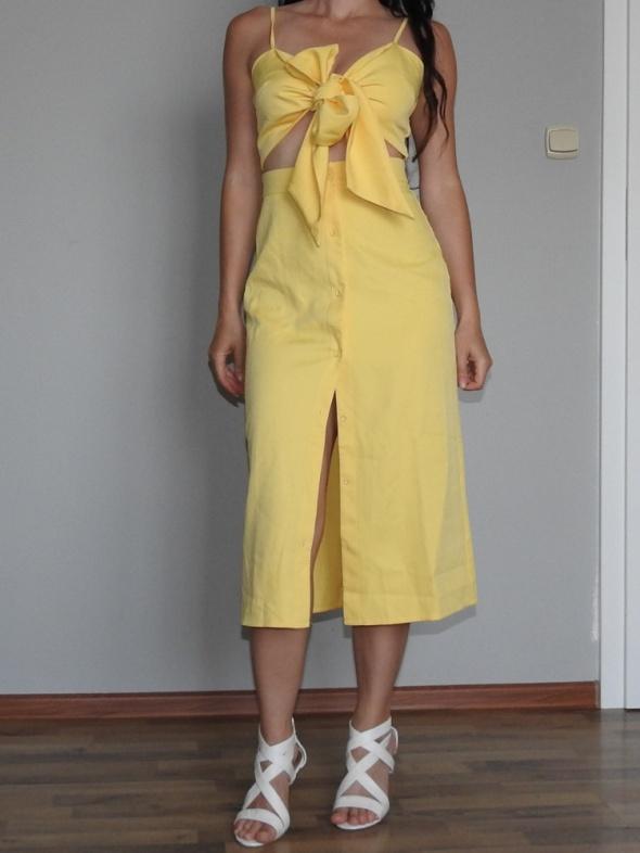 urocza sukienka żółta missguided