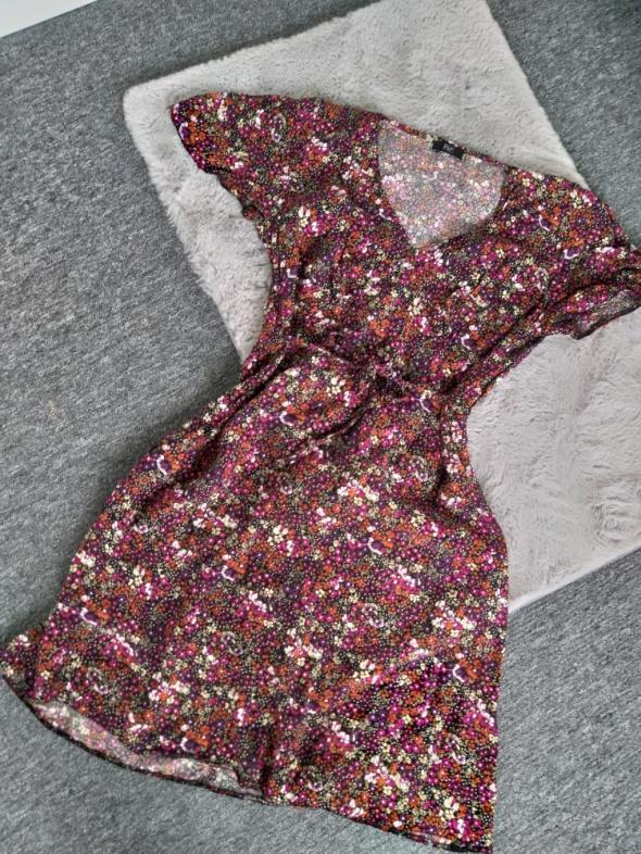 Sukienka w kwiaty F&F L...