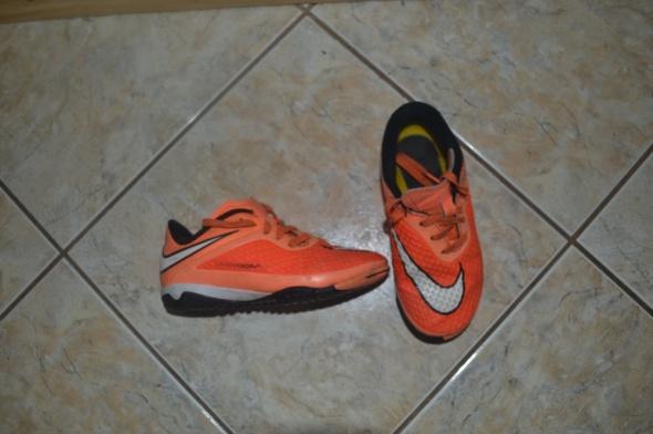 Obuwie Nike buty halówki 27 i pół rozm wkł 16cm