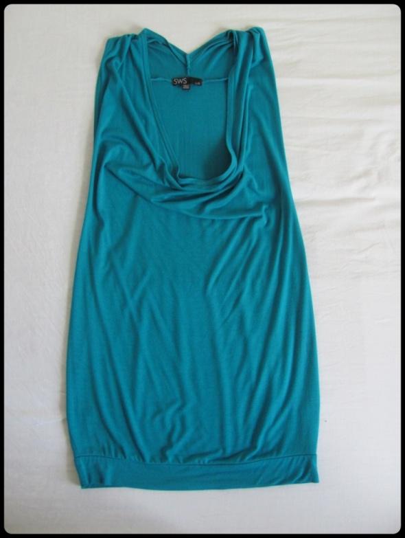 Seksowna krótka sukienka sporo odsłania 40 L...