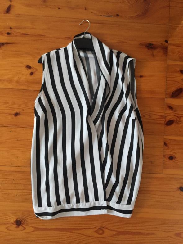 Elegancka bluzka w paski biało czarne Reserved 34...