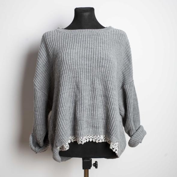Sweter Koronka...