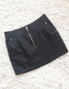 czarna mini spódnica...