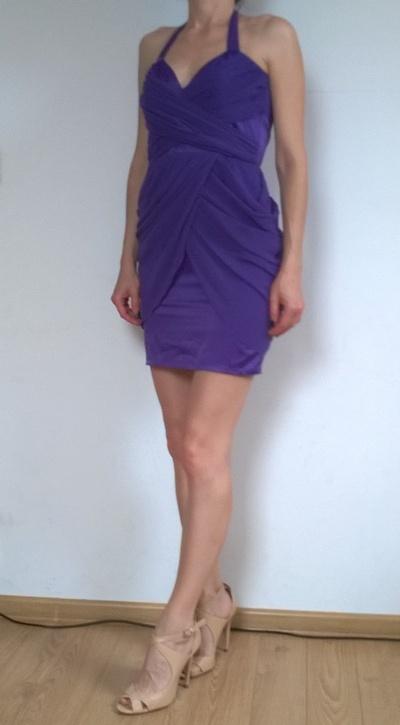 LIPSY śliczna fioletowa szyfonowa sukienka S...