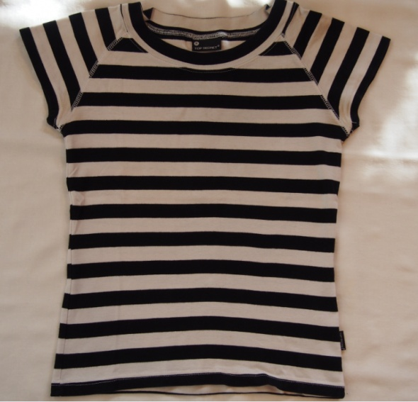 T-shirt T shirt z krótkim rękawem w paski czarno białe