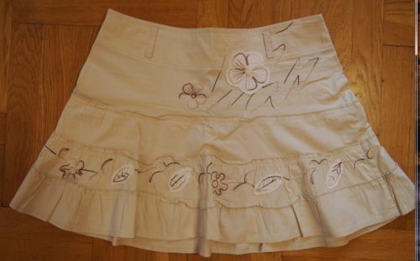 Spódnice Kremowa krótka spódnica