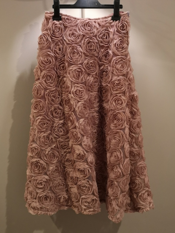 Spódnica w kwiaty 3D