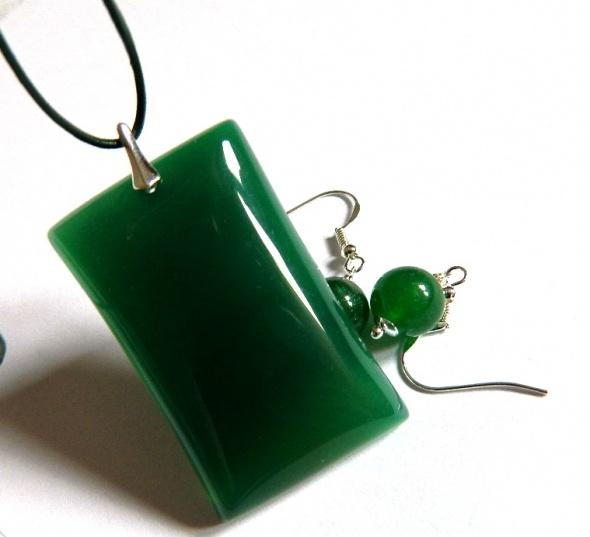 Elegancki zestaw biżuterii w srebrze zielony jadeit...
