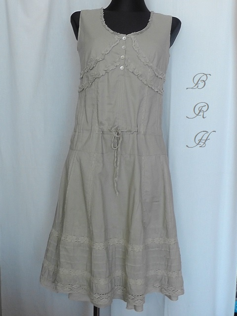 suknia beżowa bez rękawa