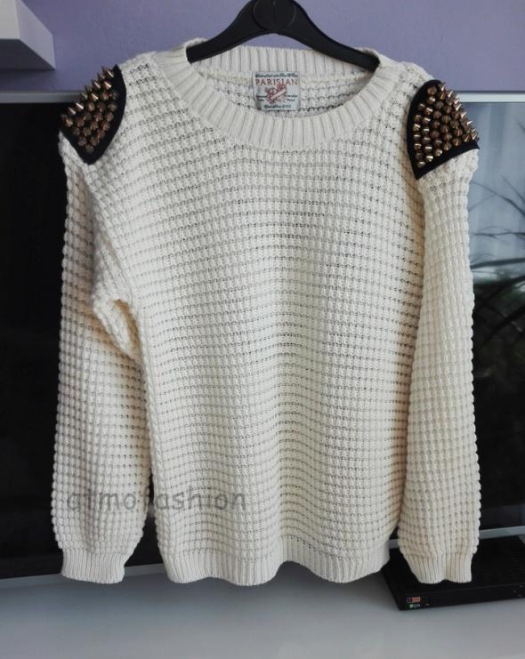 new look kremowy sweter z ćwiekami pagony hit L 40