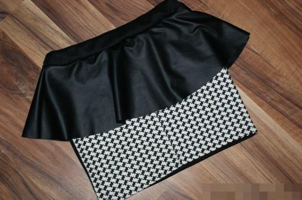 Spódniczka mini pepitka z baskinką...