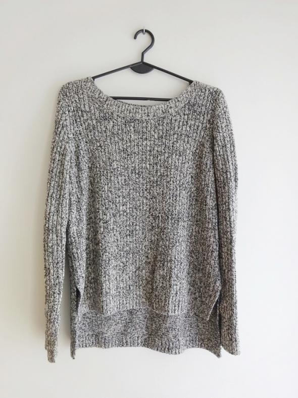 H&M asymetryczny gruby biało czarny ciepły szary sweter 38 M