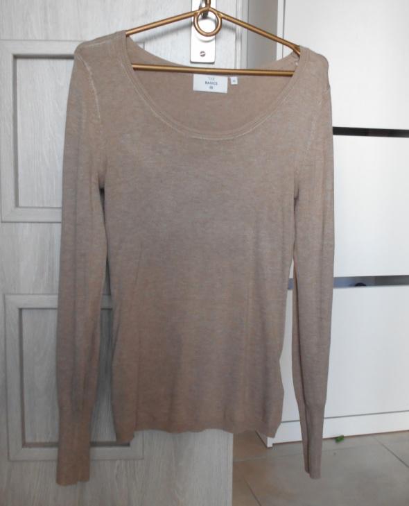 Swetry CA sweter cienki nude beżowy dopasowany klasyka