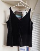 Czarna welurowa bluzka na ramiączkach...