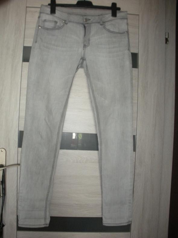Spodnie Jeansy szare Mango