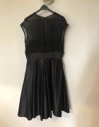 Piękna czarna sukienka...