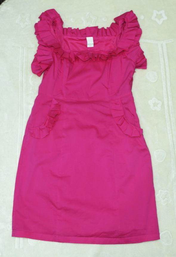 Fukcja sukienka śliczna 38