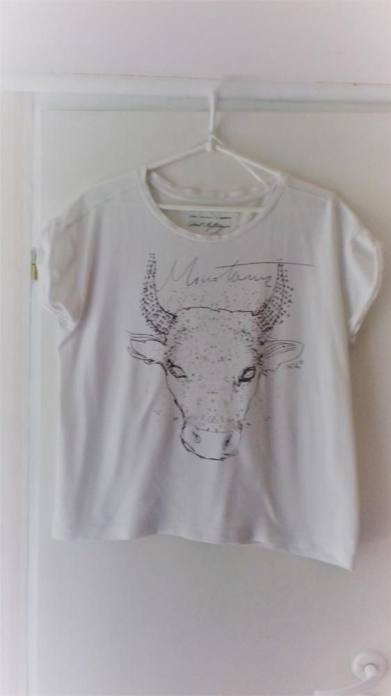 T Shirt z bykiem