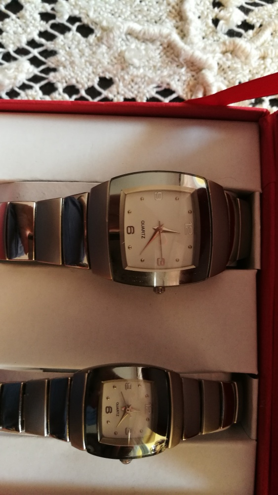 komplet zegarków