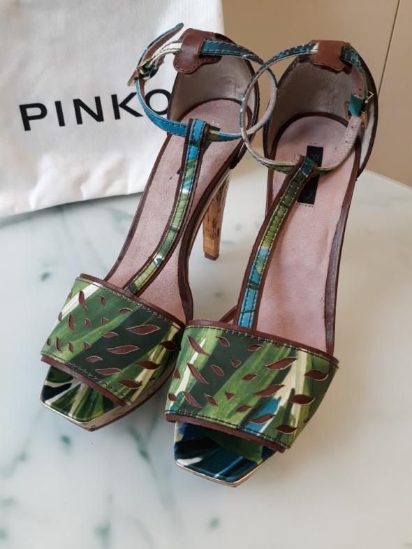 Sandałki PINKO
