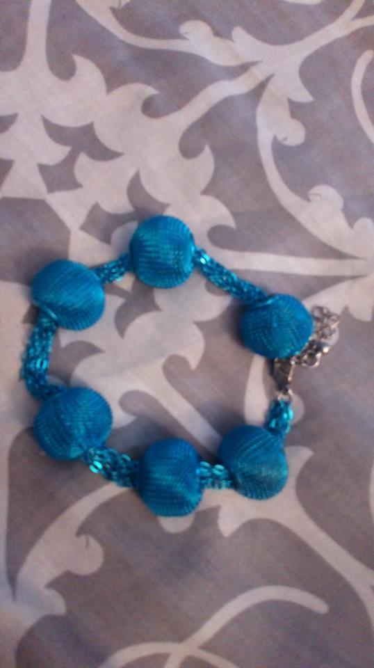 Niebieska bransoletka H&M
