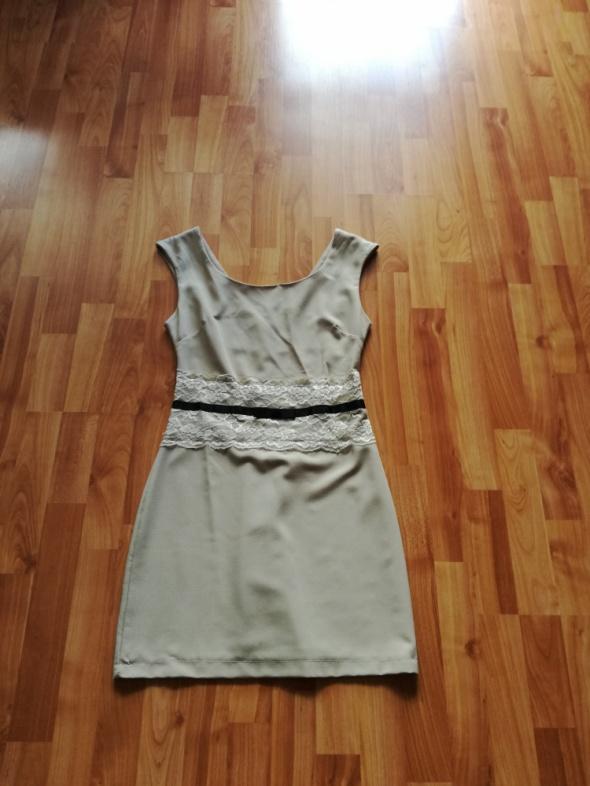 sukienka s m ecru