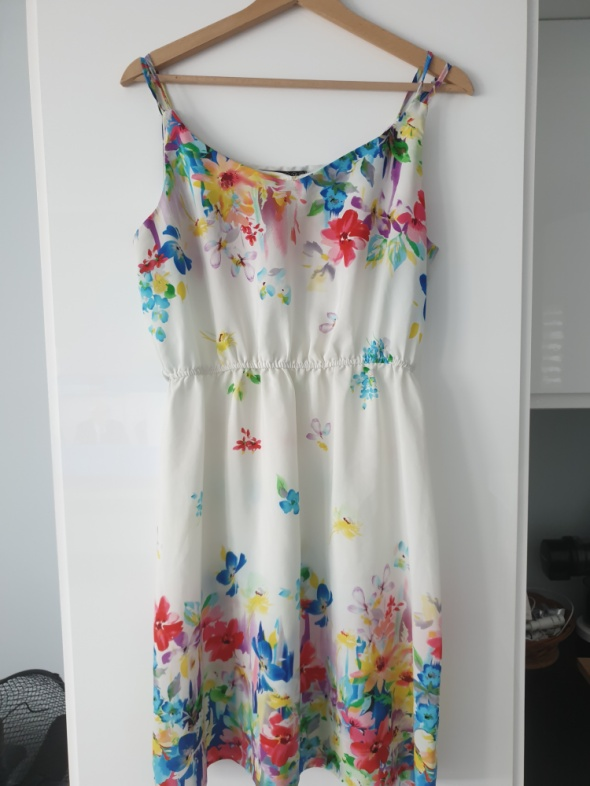 Sukienka na codzień L biała w kwiaty
