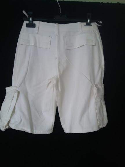 Spodenki białe spodenki z kieszonkami