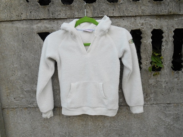 Bluza z kapturem 134 140 na 9 10 lat