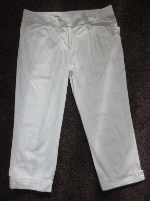 Letnie białe spodnie Reserved roz M...