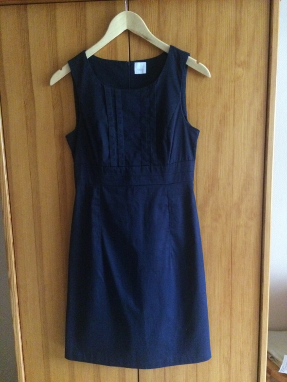 Granatowa sukienka Camaieu