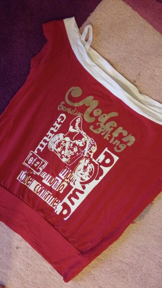 Czerwona bluzeczka M