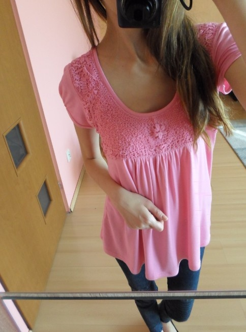 Różowa bluzka M...