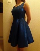 Błękitna syrenka dopasowana sukienka...